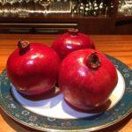 カリフォルニア産【ざくろ】で作るカクテル【JackRose】と宮崎産「きんかん」を使用した【Bar Tetuオリジナル金柑カクテル】の始まりです。